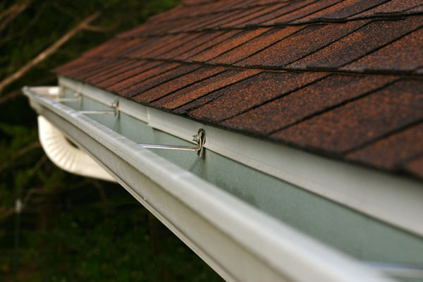 roof and shingle gap